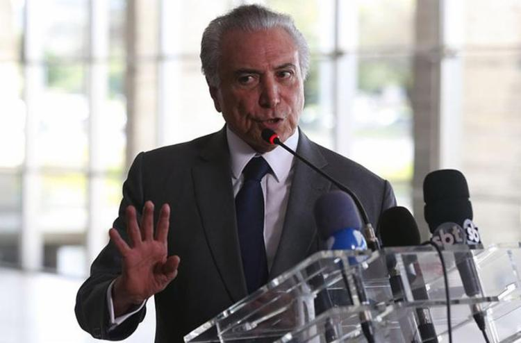 O presidente falou à imprensa apóss almoço com os reis da Suécia, Carlos Gustavo e Sílvia - Foto: Valter Campanato l Agência Brasil