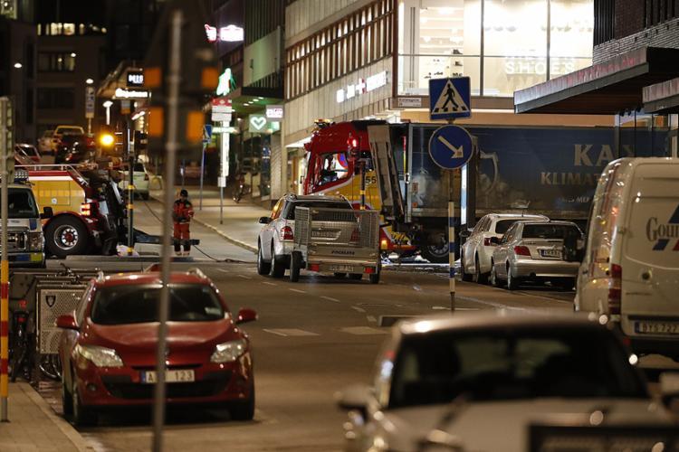 Caminhão atropelou e matou pedestres no centro de Estocolmo - Foto: Odd Andersen l AFP