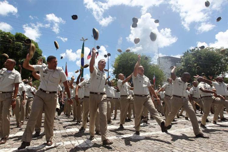 Policiais militares, civis e técnicos receberão o Prêmio por Desempenho Policial (PDP) - Foto: Carol Garcia l Gov-BA