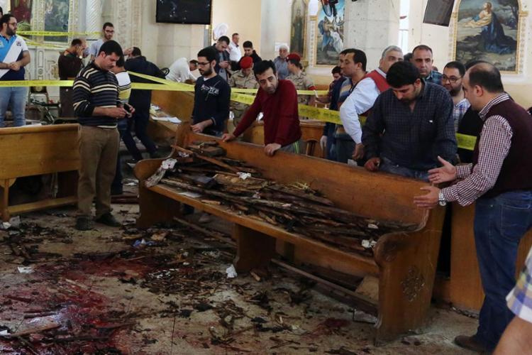 Foram 2 explosões em igrejas distintas - Foto: Stringer | AFP