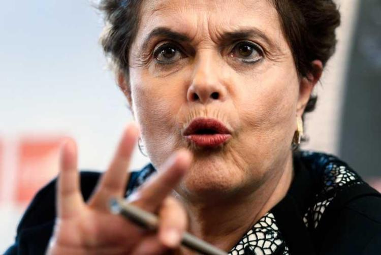 Dilma comparou Temer aos presidentes Castelo Branco e Costa e Silva - Foto: Fabrice Coffrini | AFP