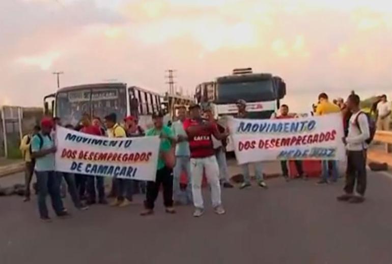 Desempregados protestam contra reforma trabalhista em Camaçari