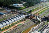 Trecho da avenida Paralela é interditado para obras em passarela | Foto: