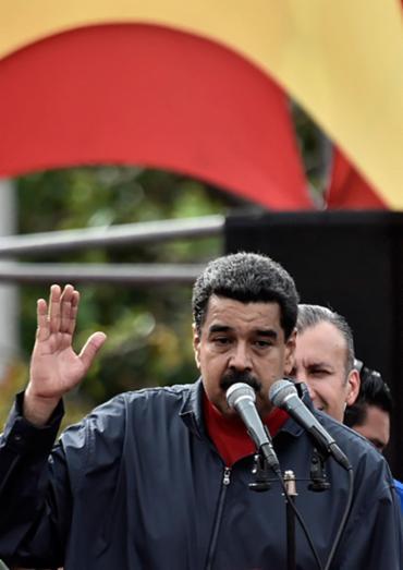 O anúncio foi feito durante ato pelo Dia do Trabalhador - Foto: Carlos Becerra   AFP
