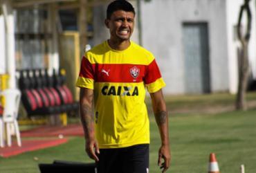 Kieza volta a treinar e tem chance de pegar o Corinthians