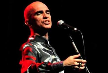 Edson Cordeiro apresenta o show Fado Tropical no TCA