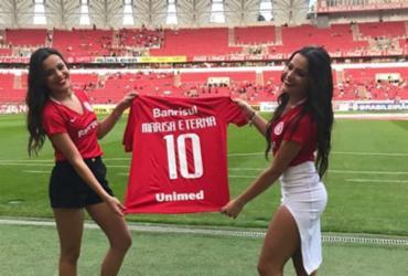 Emilly e Mayla Araújo se emocionam com homenagem à mãe