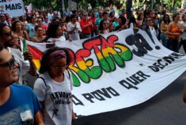 Manifestantes na capital baiana pedem a saída de Michel Temer | Foto: Yuri Silva | Ag. A TARDE