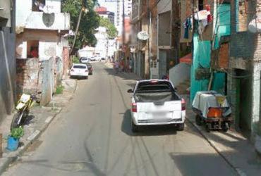Mulher é morta e outras duas pessoas são baleadas na rua da Polêmica