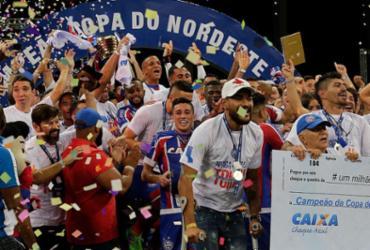 Bahia vence Sport, leva título e finda jejum de 15 anos