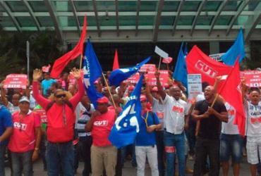 Após passeata e ato em shopping, vigilantes encerram protesto