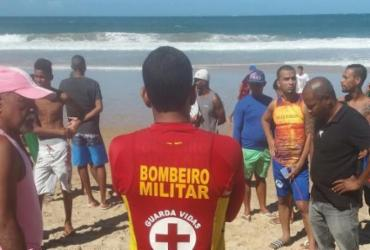 Corpo é encontrado em praia e suspeita é que seja de jovem desaparecido