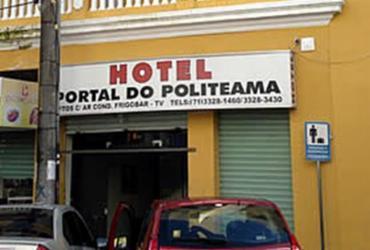 Bandido invade hotel e rouba clientes no Centro