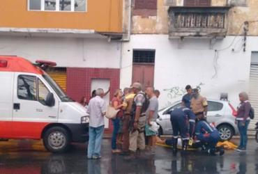 Motociclista fica ferido em acidente na av. Dom João VI