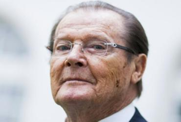 Morre o ator britânico Roger Moore, que deu vida ao 007 sete vezes
