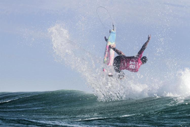 Medina somou 7,60 e 6,60 pontos nas suas melhores ondas - Foto: Daniel Smorigo | Divulgação | WSL