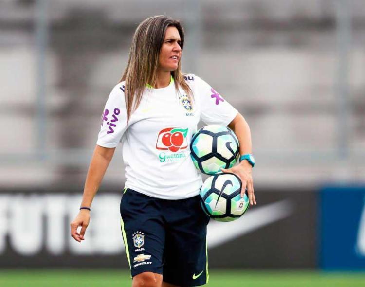 Emily Lima foi a primeira mulher a treinar a Seleção Feminina de Futebol - Foto: Lucas Figueiredo | CBF