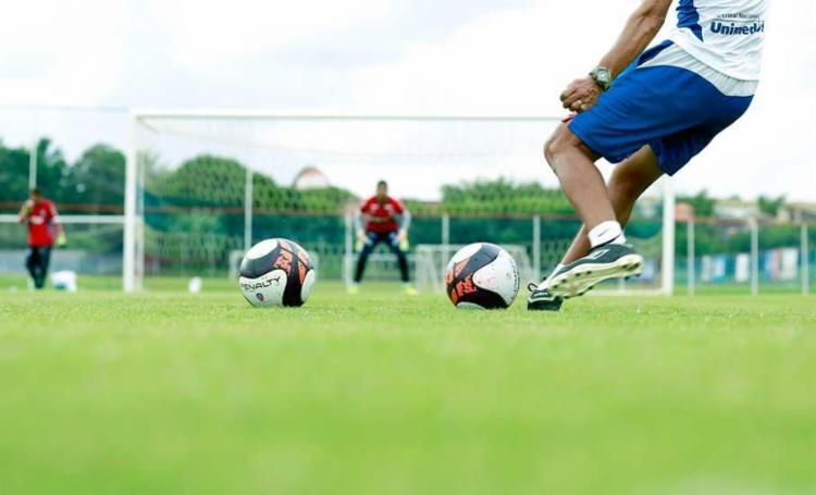 O elenco tricolor voltou a treinar após dois dias de folga - Foto: Felipe Oliveira | EC Bahia