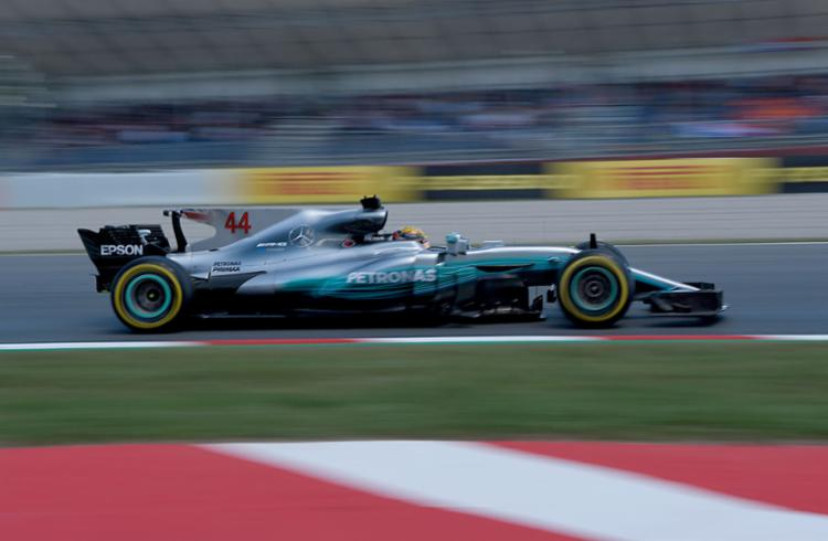Hamilton fez o melhor tempo no treino do GP de Mônaco - Foto: Lluis Gene   AFP