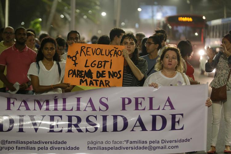 Ato foi organizado pelo grupo Famílias pela Diversidade - Foto: Raul Spinassé l Ag. A TARDE