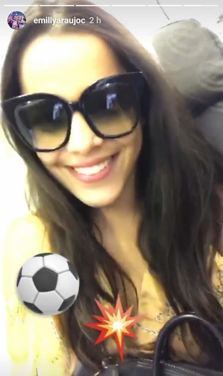 Emilly posta vídeo em sua rede social para reclamar de companhia aérea - Foto: Reprodução   Instagram