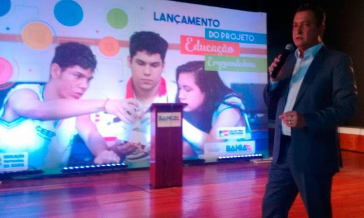 Governador lançou programa de capacitação nesta terça - Foto: Joyce Sousa | Ag. A TARDE