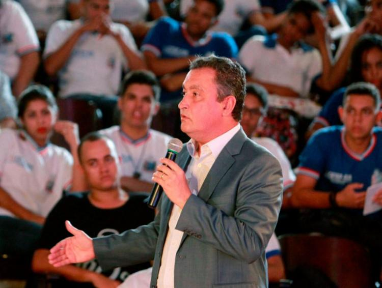Rui alega que muitas escolas estão sem professores por conta de atestado - Foto: Manu Dias | Divulgação | GOVBa