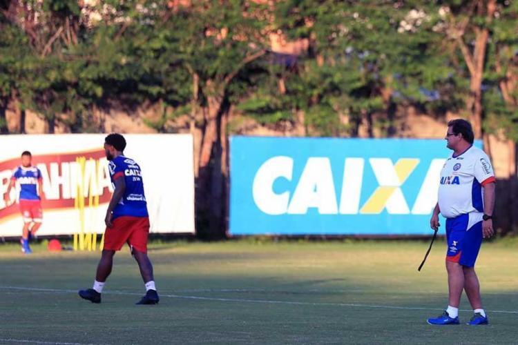 Guto Ferreira durante atividade no Fazendão na manhã desta terça-feira, 16 - Foto: Felipe Oliveira | EC Bahia