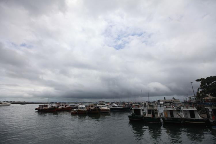 A travessia para Mar Grande e Morro de São Paulo acontecem normalmente - Foto: Raul Spinassé   Ag. A TARDE