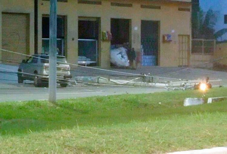 O acidente aconteceu na noite desta quinta-feira, 17, perto de Lauro de Freitas - Foto: Reprodução | LFTV