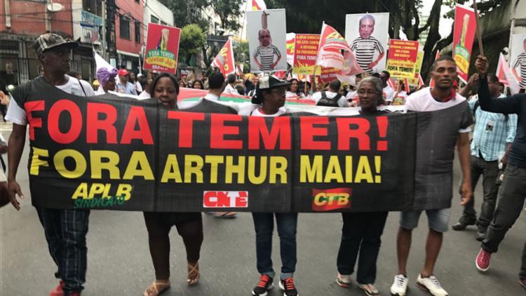 Manifestantes tomaram as ruas do centro - Foto: Margarida Neide   Ag. A TARDE