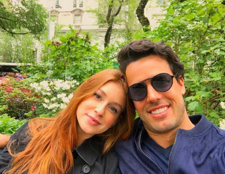 O casal se casa em outubro no Brasil - Foto: Reprodução | Instagram
