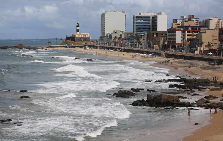 O tempo no litoral baiano deve continuar instável, segundo o Inmet - Foto: Joá Souza l Ag. A TARDE l 28.08.2016