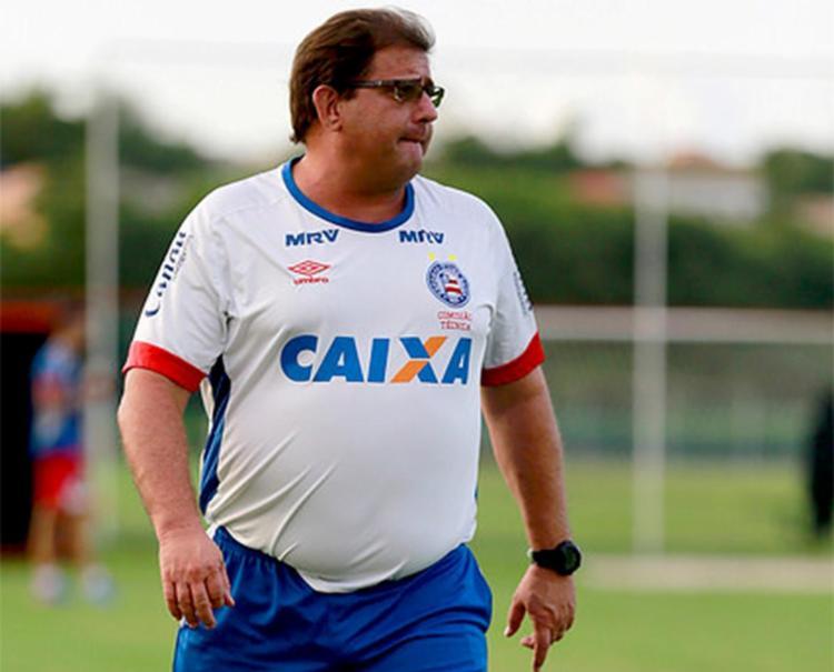Treinador vai poder contar com o meia Régis e o atacante Gustagol - Foto: Felipe Oliveira l EC Bahia