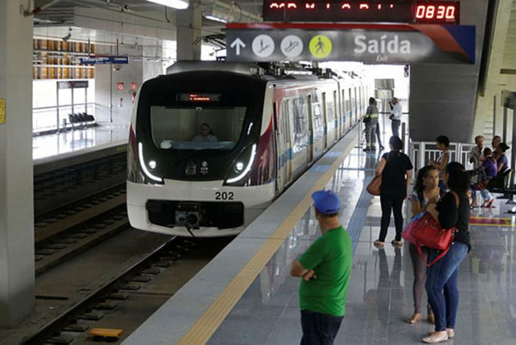 As estações de Pernambués, Imbuí, CAB e Pituaçu começaram a operar nesta terça - Foto: Raul Spinassé   Ag. A TARDE