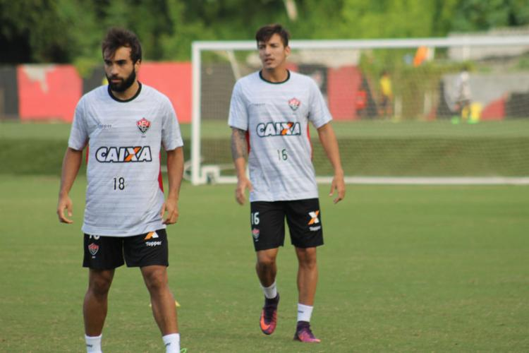 Em recuperação, Gabriel Xavier participou de parte do treino - Foto: Maurícia da Matta | EC Vitória