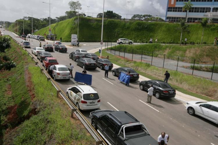 A via marginal vai melhorar a acessibilidade para motoristas e passageiros de ônibus - Foto: Adilton Venegeroles | Ag. A TARDE
