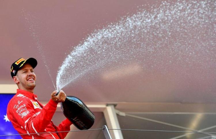 Resultado fornece vantagem para Vettel no Mundial - Foto: Andrej Isakovic | AFP