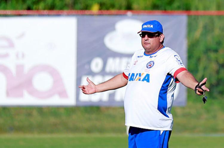 Clube aguarda pelo pagamento da multa para liberar técnico - Foto: Felipe Oliveira / EC Bahia / Divulgação