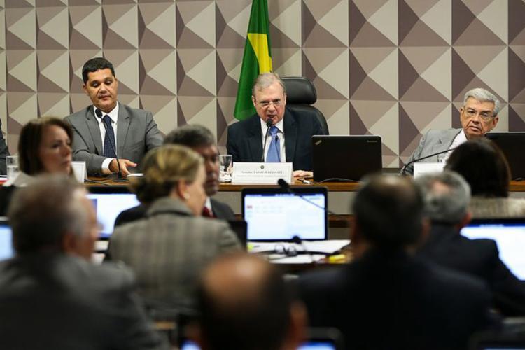 Acordo feito entre governistas e oposição postergaram projeto do governo. Senado foi palco de bate-boca - Foto: Marcelo Camargo l Agência Brasil