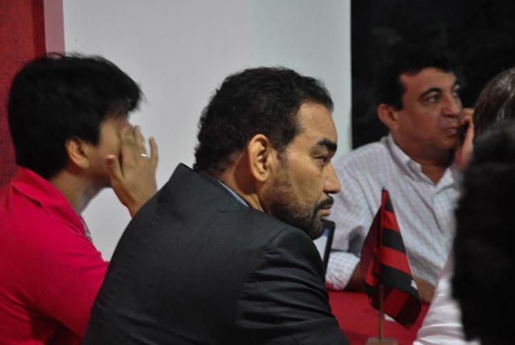 Gestão do presidente Ivã de Almeida é criticada até mesmo dentro do Conselho do Vitória - Foto: Maurícia da Matta l EC Vitória
