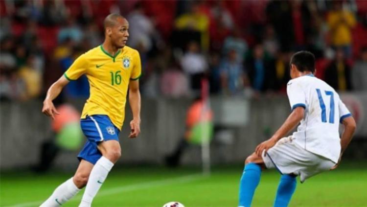 Fabinho quer aproveitar a boa fase para voltar à seleção brasileira - Foto: Rafael Ribeiro | CBF
