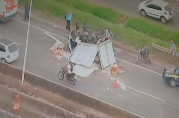 O acidente aconteceu no Km 615 da BR-324, próximo à Valéria - Foto: Reprodução | TV Record