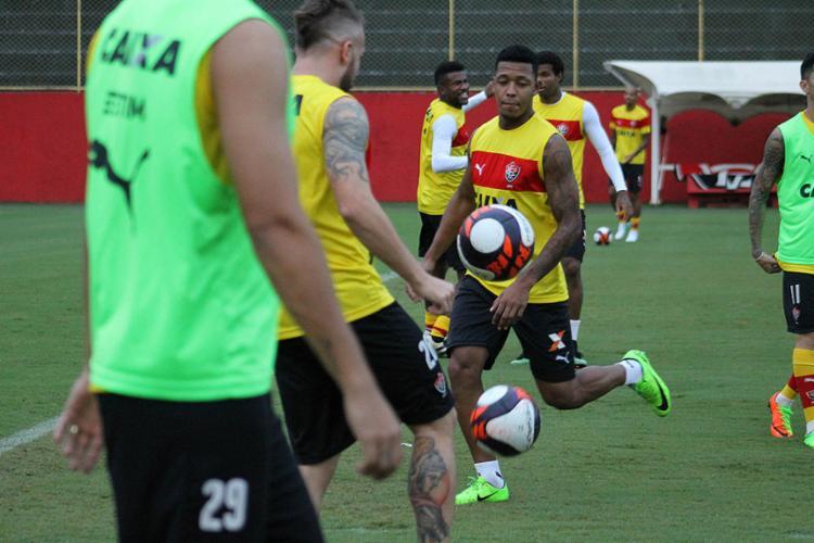 Jogadores durante atividade na Toca do Leão - Foto: Maurícia da Matta l EC Vitória