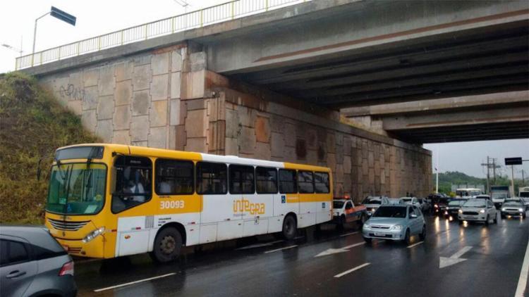 Crime aconteceu na avenida Paralela sentido Centro - Foto: Raul Spinassé   Ag. A TARDE