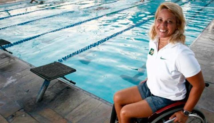 Verônica é nadadora paralímpica da classe S7 e foi bronze em Pequim-2008 - Foto: Raul Spinassé   Ag. A TARDE