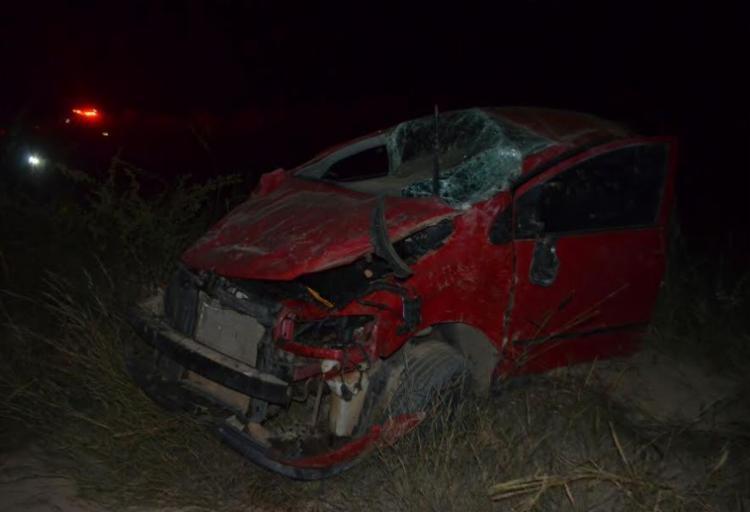 Veículo ficou destruído após acidente na madrugada desta segunda, 8 - Foto: Divulgação | Weslei Santos | Reprodução | Blog do Sigi Vilares
