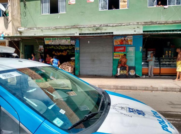 Bar onde crime ocorreu está fechado nesta segunda - Foto: Euzeni Daltro   Ag. A TARDE