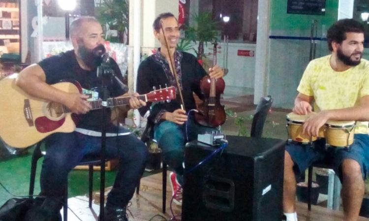 Banda Gueu Canta Raul fará três apresentações - Foto: Divulgação