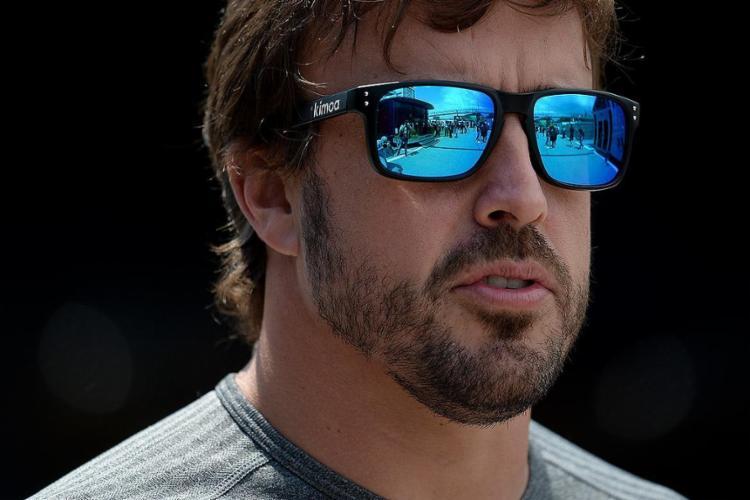 Bicampeão mundial conseguiu o melhor resultado dos últimos três anos da escuderia na Fórmula 1 - Foto: Josep Lago l AFP